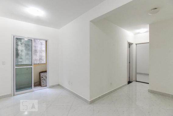 Apartamento No 1º Andar Com 2 Dormitórios E 1 Garagem - Id: 892946018 - 246018