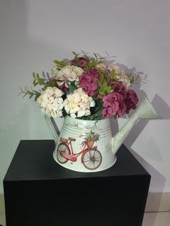 Arreglo Floral Hortensias Artificial En Regadera Vintage