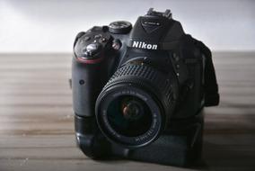 Excelente Câmera Nikon D5300