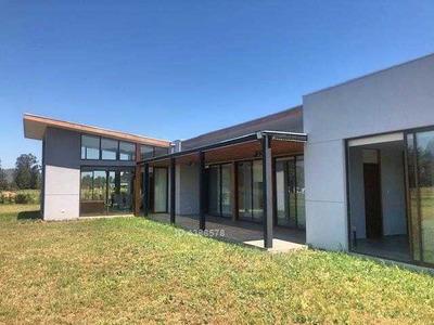 Condominio El Bosque Country Club / Maria Pinto