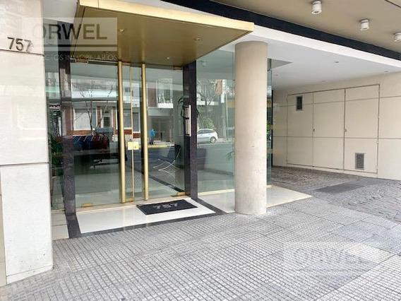 4 Ambientes Con Cochera Y Lavadero Independiente - Villa Crespo. Excelente Ubicacion