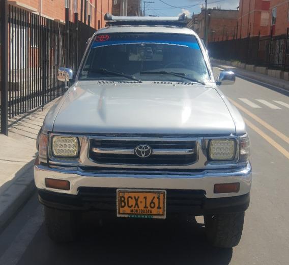 Toyota Hilux 93 Camioneta