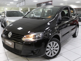 Volkswagen Fox 1.0 Vht Total Flex 2011 * Dvd Retrátil *