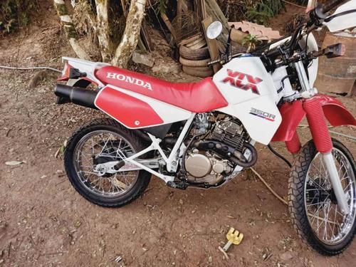 Imagem 1 de 4 de Honda Xlx 350