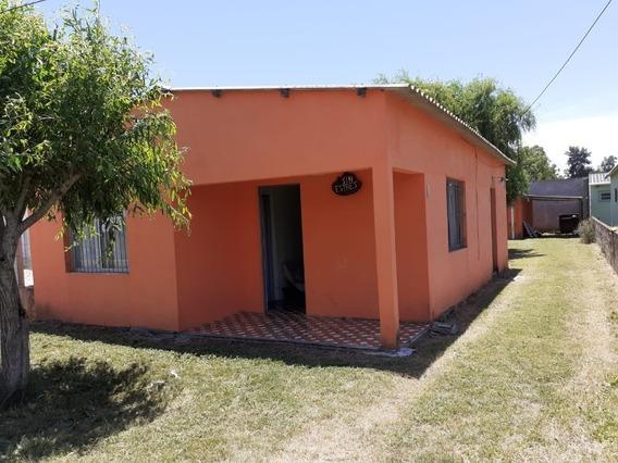 Mvlag. Preciosas 3 Casas. Permuta Por Casa En Melo.