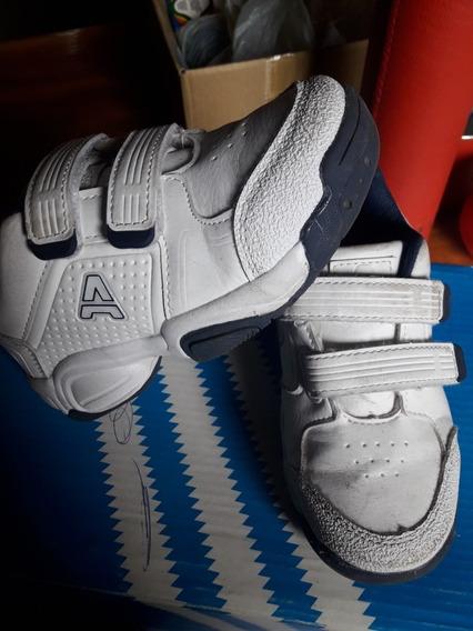 Zapatillas Addnice Impecables Talle 28 De Cuero Con Velcro