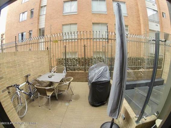 Apartamento En Bogota Fr 20-576