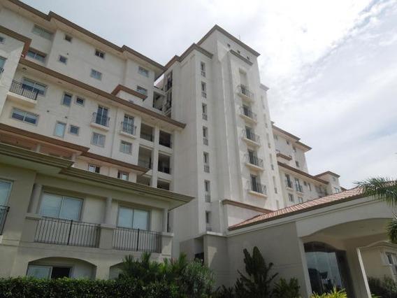 Apartamento En Venta En Santa Maria 20-8868 Emb