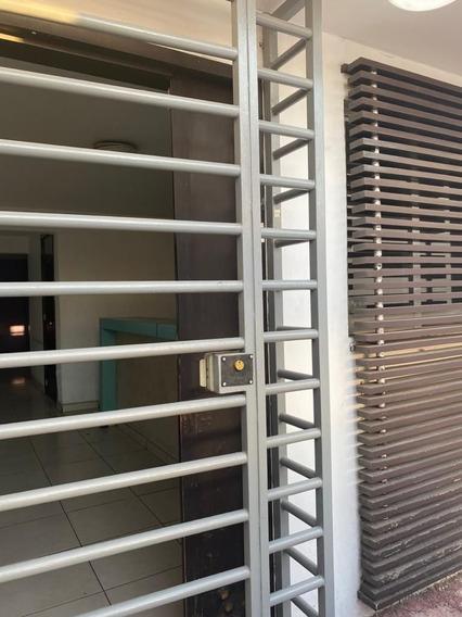 Se Renta Casa Para Oficinas En Col. Loma Bonita, Zapopan, Jal.