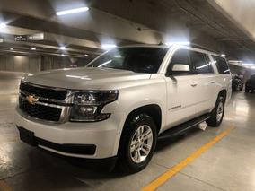 Chevrolet Suburban Lt 5.4 Lts Piel 2017
