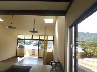 Super Oferta Casa Y Apartamento Con Vista A Las Montañas.