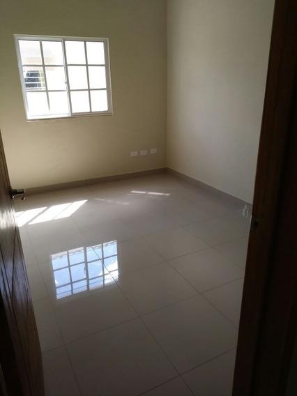 Proyecto De Casas Y Apartamentos. (av. Jacobo Majluta)