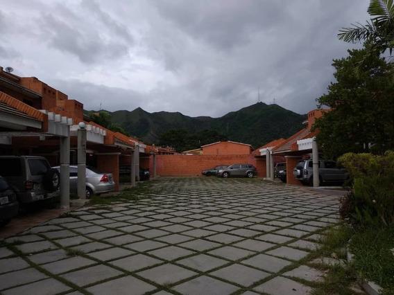 Venta Townhouse En Trigal Norte