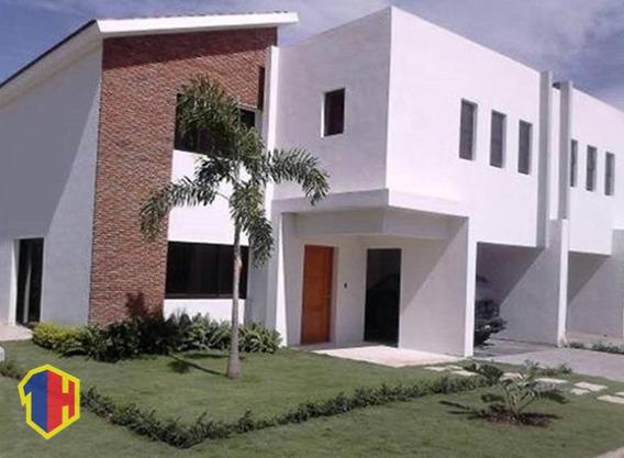 Hermosa Casa En La Jacobo Majluta