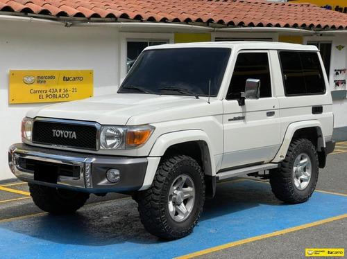 Toyota Macho 4.0 Grj71