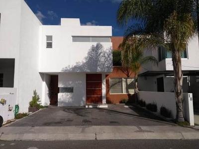 Se Vende Casa En Santa Fe, Juriquilla