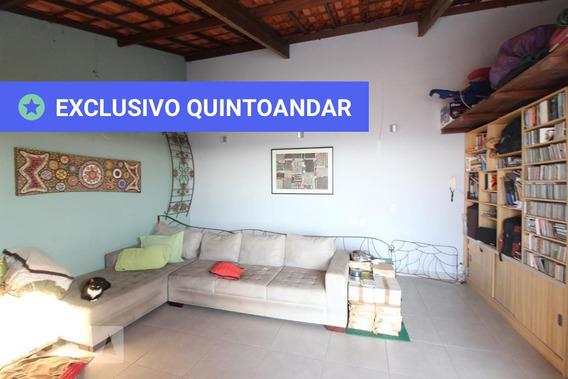 Apartamento No 11º Andar Mobiliado Com 2 Dormitórios E 2 Garagens - Id: 892972461 - 272461