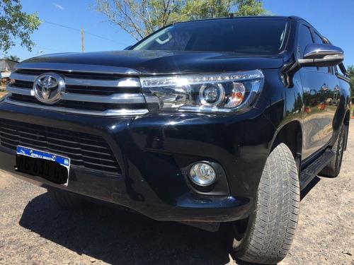 Toyota Hilux  4x4 D/c Srx 2.8 Tdi 6 A/t Modelo