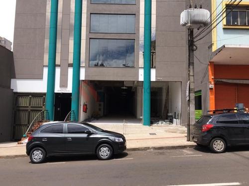 Salão Comercial, Bem Localizado No Centro Prox. Ao Calçadão  Com 2,000 M2  - Mi466