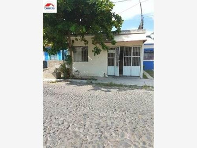 Casa Sola En Venta Tabachines, V.a, Colima; Se Traspasa Casa Con Ampliaciones Y Cochera Techa