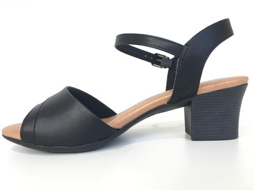 3189a2a22 Sandalia Ortopedica Feminina Feminino Usaflex - Sapatos com o ...