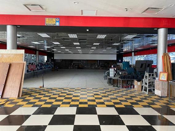 Local Plaza Comercial En Renta, Aguascalientes, Aguascalientes