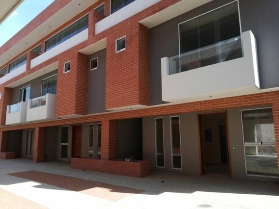 Townhouses En Venta En Mañongo Mpad 422034