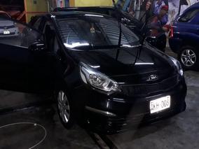 Kia Rio Sedan 2105
