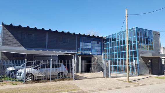 Taller Metalurgico Trabajando Aberturas Metalicas Vidrios