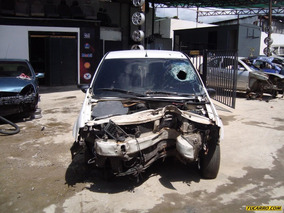Chocados Renault Automovil