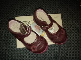 Zapato Reina Morado, Marca Opaline Talla 25
