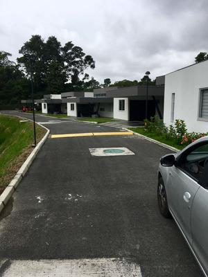 Casa Campestre 170 M2 Conjunto Cerrado Calarcá