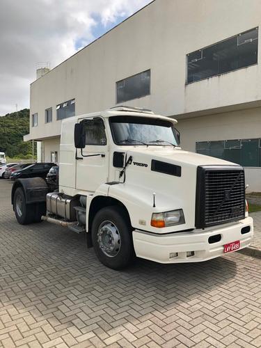 Volvo Nl10 4x2  1995