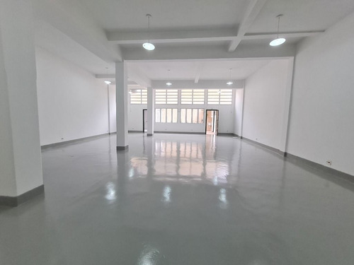 Imagem 1 de 6 de Galpão Para Alugar, 240 M² Por R$ 8.500,00/mês - Barra Funda - São Paulo/sp - Ga0007