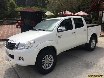 Toyota Hilux D/cabina