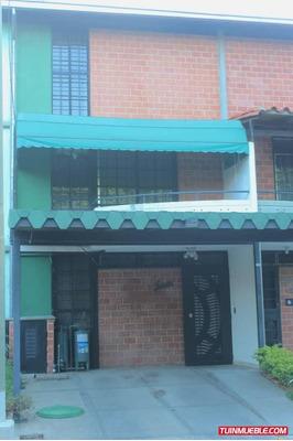 Townhouses Nueva Casarapa La Casona