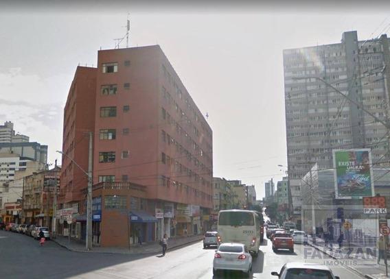 Kitnet Com 1 Dormitório Para Alugar, 30 M² Por R$ 450,00/mês - Centro - Curitiba/pr - Kn0023