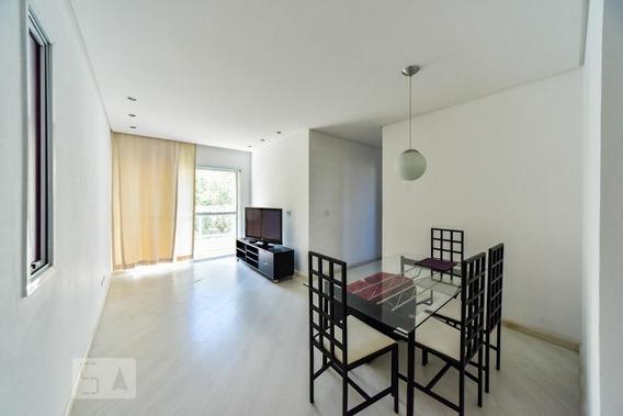 Apartamento No 3º Andar Mobiliado Com 2 Dormitórios E 2 Garagens - Id: 892970821 - 270821