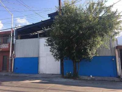 Bodega En Venta Monterrey N.l. A 2 Cuadras De Morones Prieto