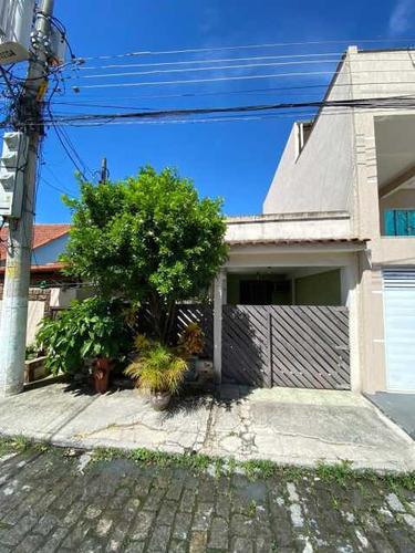 Casa Com 3 Quartos Para Venda - Condomínio - Sicn30007
