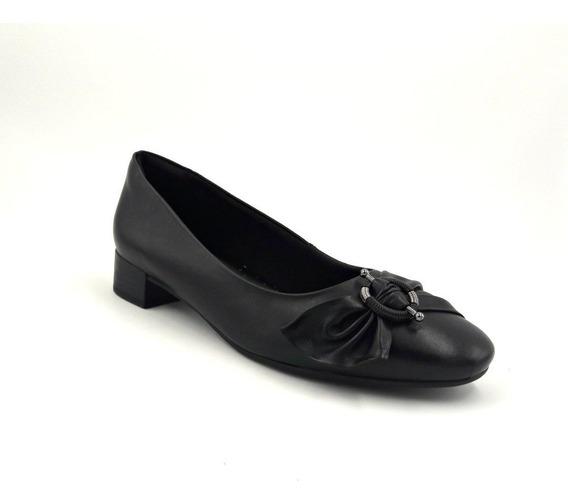 Sapato Comfortflex Couro Preto Salto Baixo 1987304