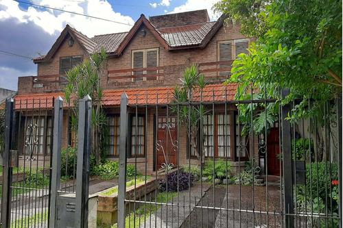 Venta Castelar Duplex  Ph 3 Ambientes Jardin