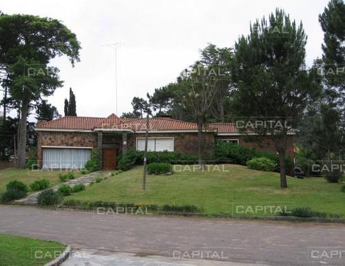 Importante Casa En Venta En Mansa, Punta Del Este- Ref: 24771