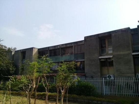 Apartamento En Venta La Mora Cabudare Mr