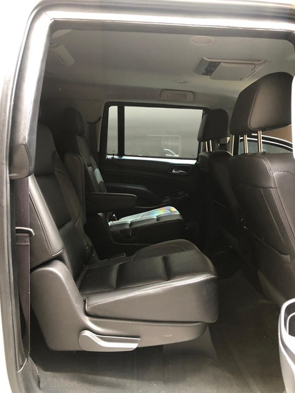 Camioneta Suburban Blindada 5 Plus