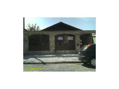 Casa Isolada Com 3 Suítes Em Praia Grande Sp. Venha Conferir!