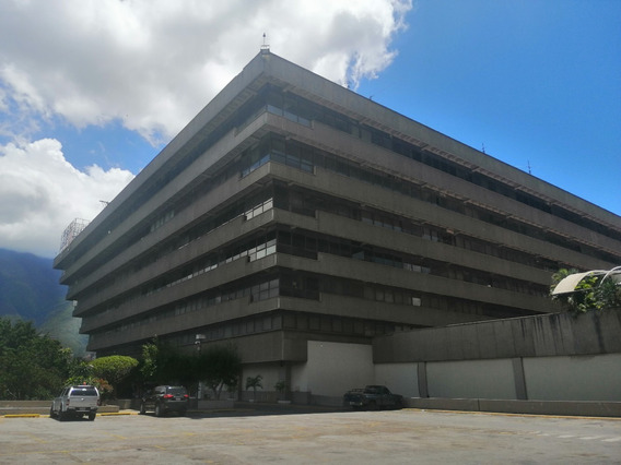 Oficina En Alquiler En La Pirámide Invertida Ccct