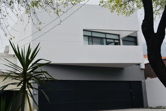 Casa En Venta Del Paseo Residencial, Zona Valle - Contry