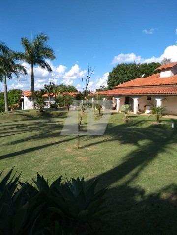 Imagem 1 de 15 de Chácara Bem Localizada - Ch00116 - 69403822