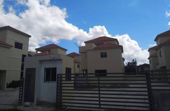 Vendo Casa De 2 Niveles En Madre Vieja Sur